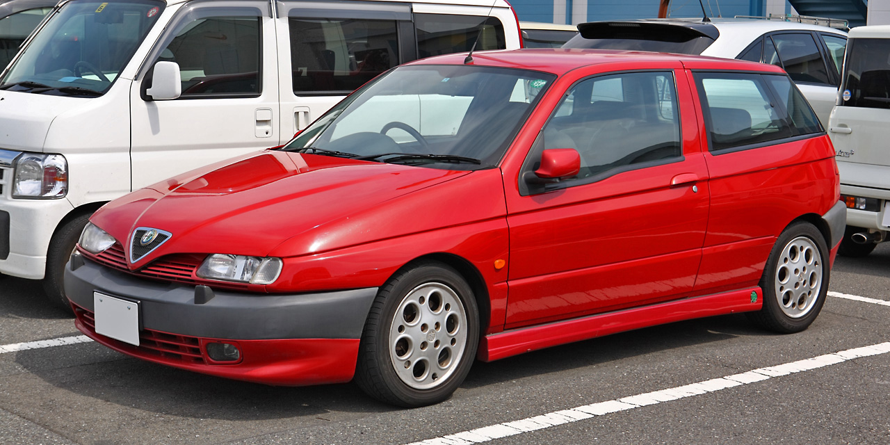 Alfa-Romeo 145 photo 01