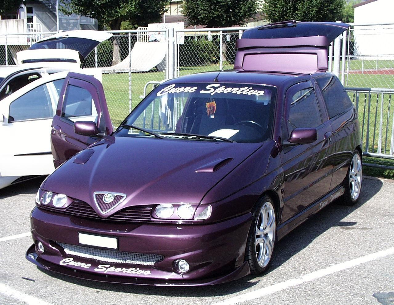 Alfa-Romeo 145 photo 05