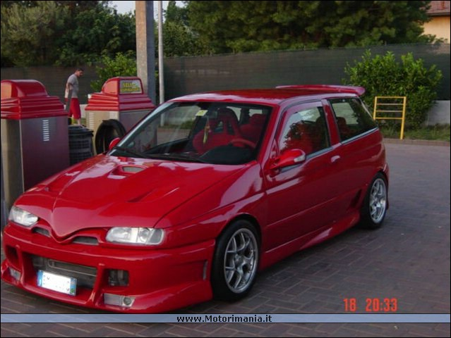 Alfa-Romeo 145 photo 09