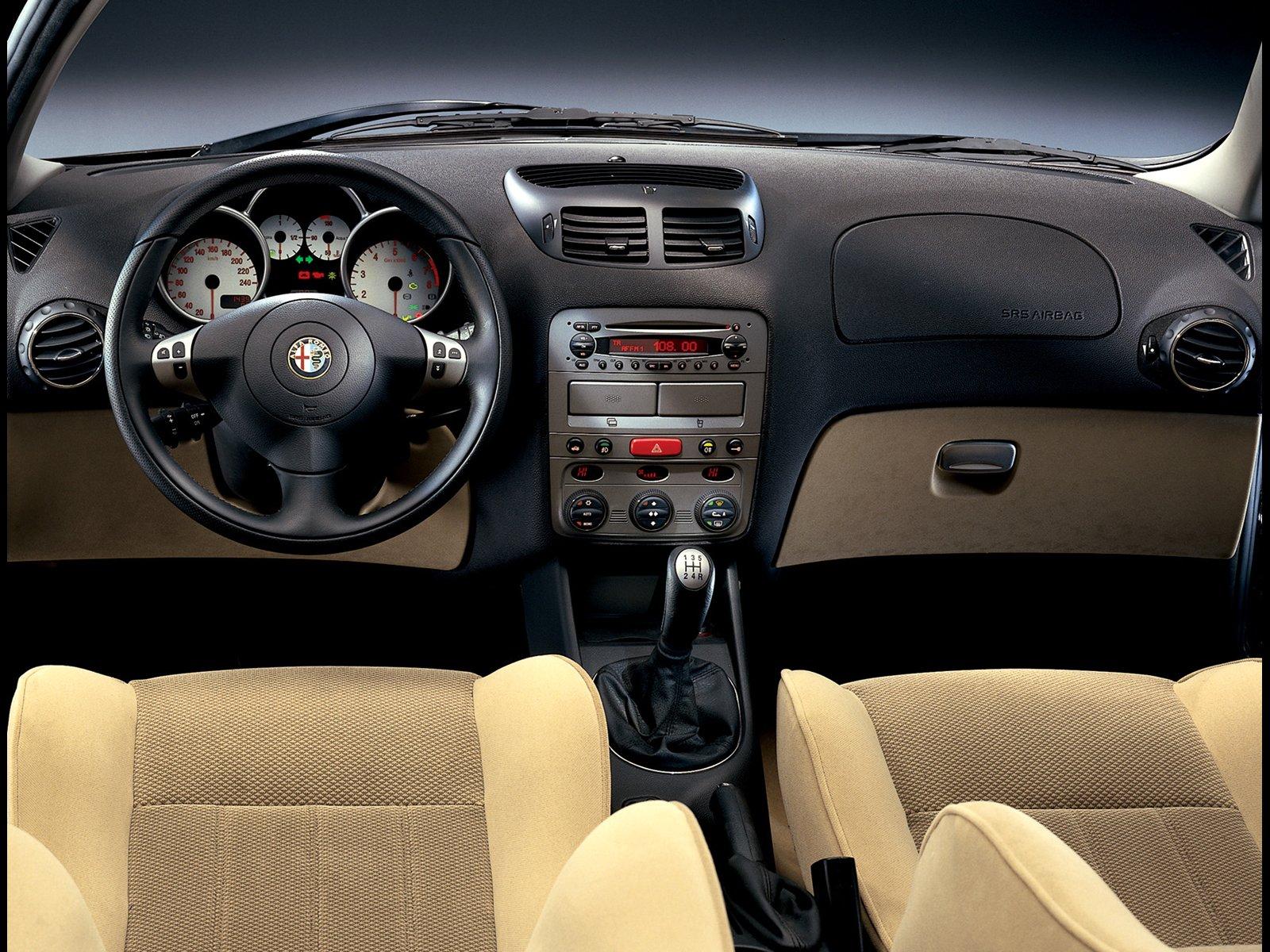 Alfa romeo giulietta sportiva 2013 review 15