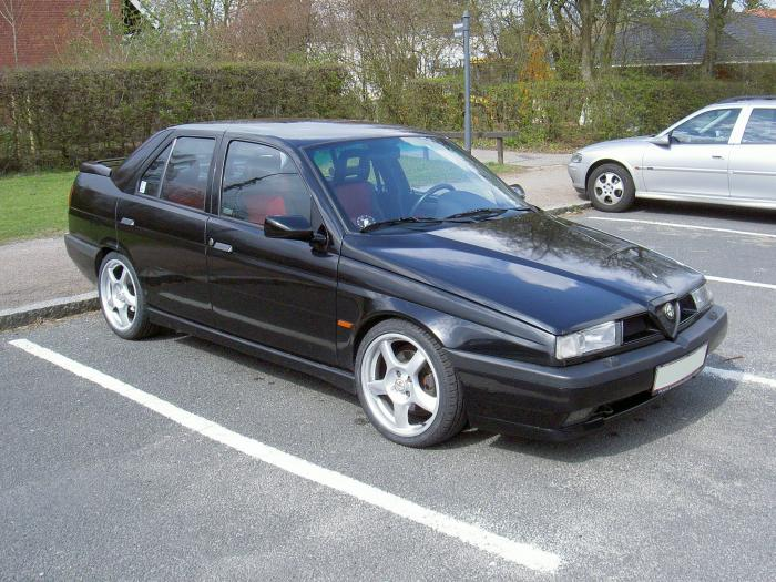 Alfa-Romeo 155 photo 03