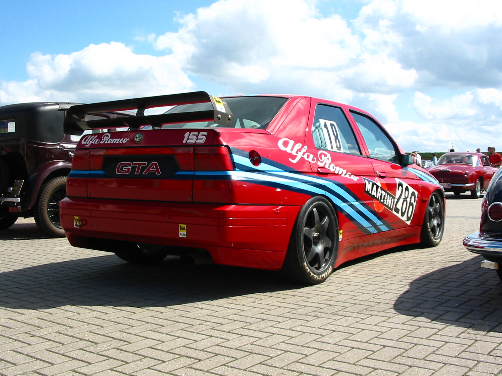 Alfa-Romeo 155 photo 04