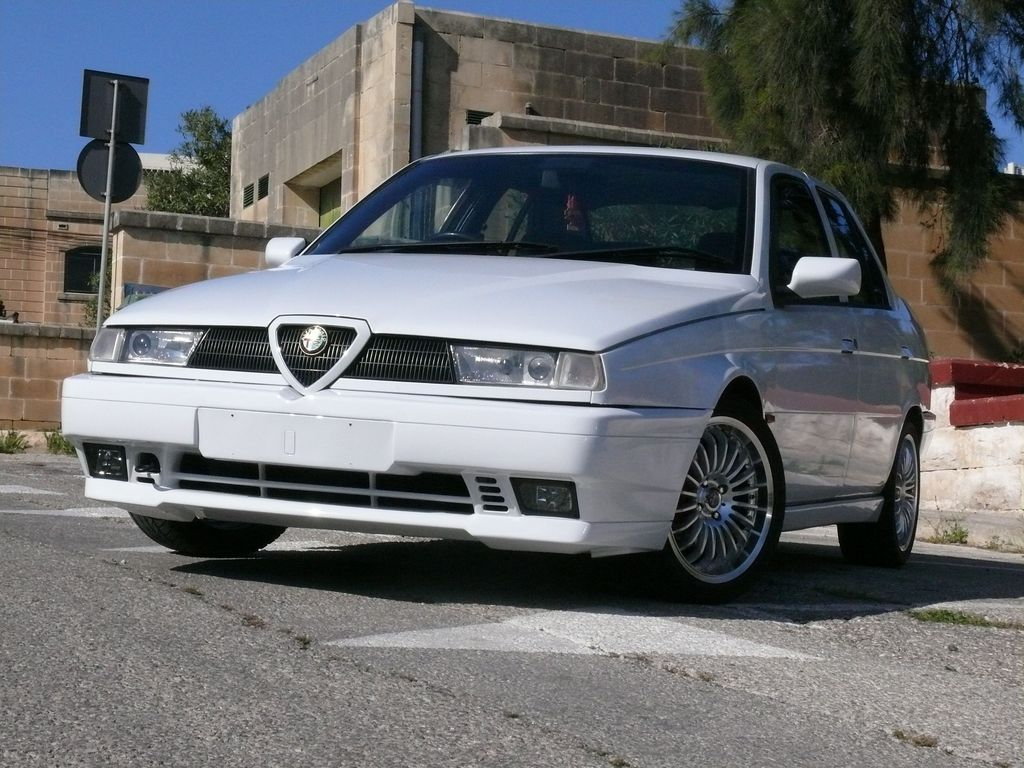 Alfa-Romeo 155 photo 15