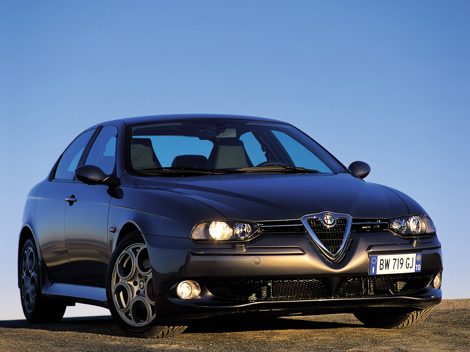 Alfa-Romeo 156 photo 02