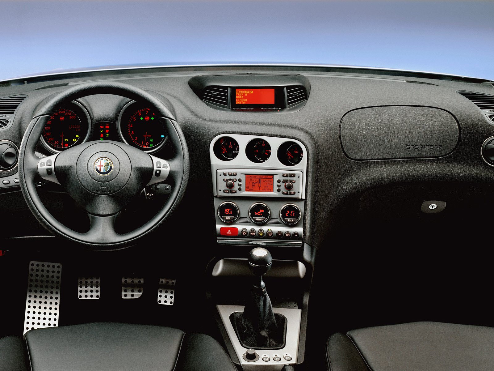 Alfa-Romeo 156 photo 03