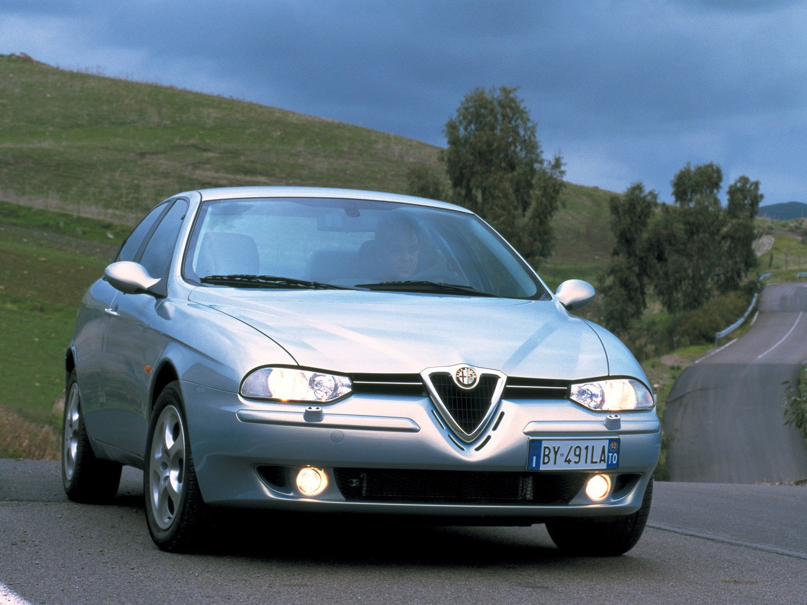 Alfa-Romeo 156 photo 09