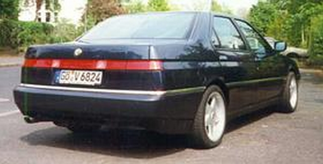 Alfa-Romeo 164 photo 11