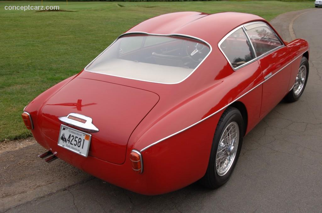 Alfa-Romeo 1900 photo 05