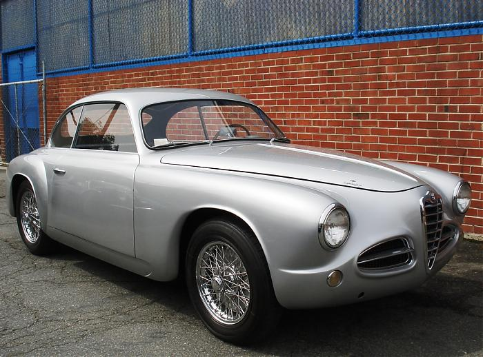 Alfa-Romeo 1900 photo 13