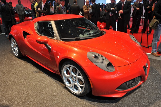 Alfa-Romeo 4C photo 10