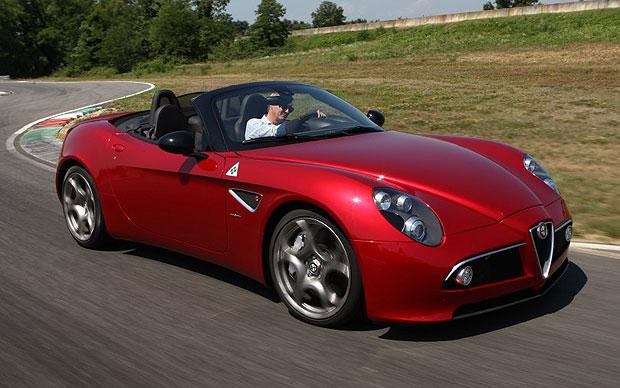 Alfa-Romeo 8C Spider photo 08