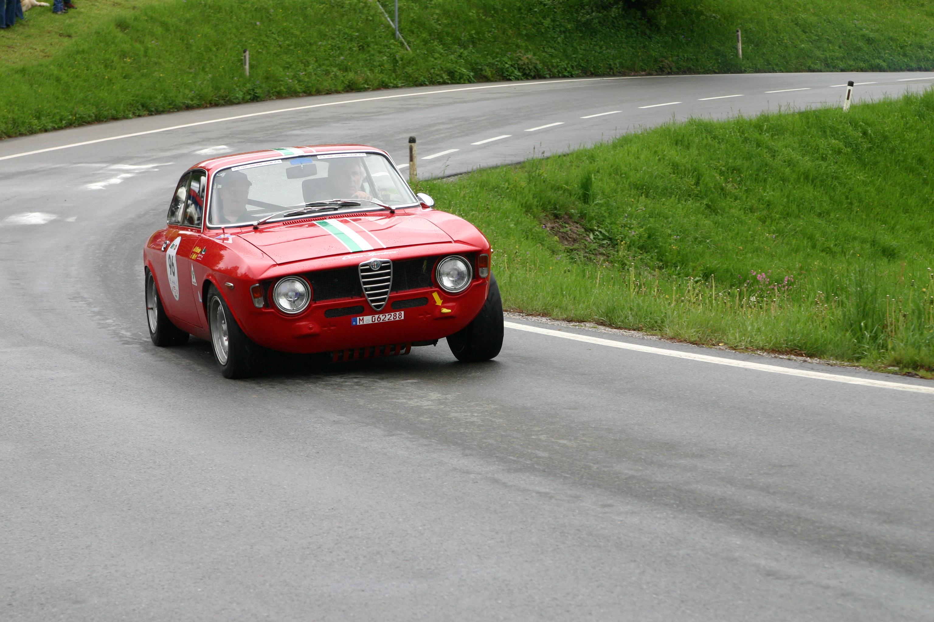 AlfaRomeo Giulia Sprint GT technical details, history, photos on Better Parts LTD