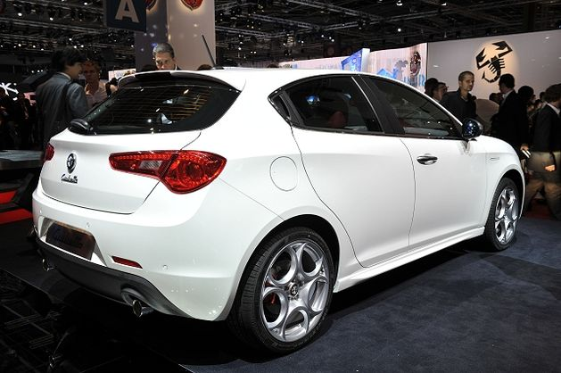 Alfa-Romeo Giulietta TCT photo 03