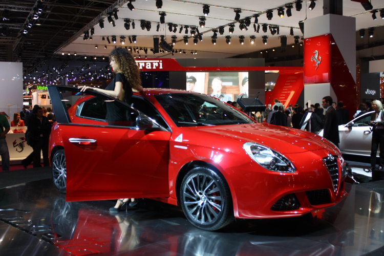 Alfa-Romeo Giulietta TCT photo 06