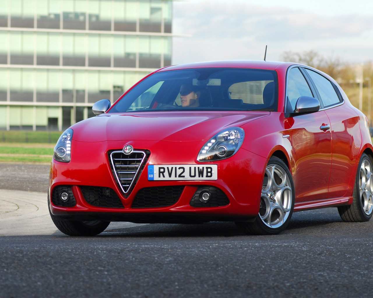 Alfa-Romeo Giulietta TCT photo 14