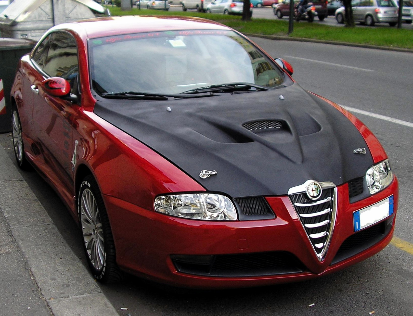 Alfa-Romeo GT photo 11