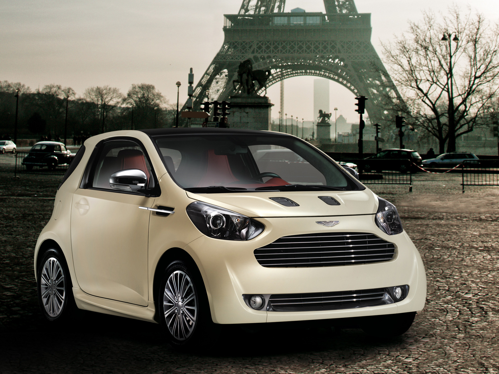 Aston-Martin Cygnet photo 13