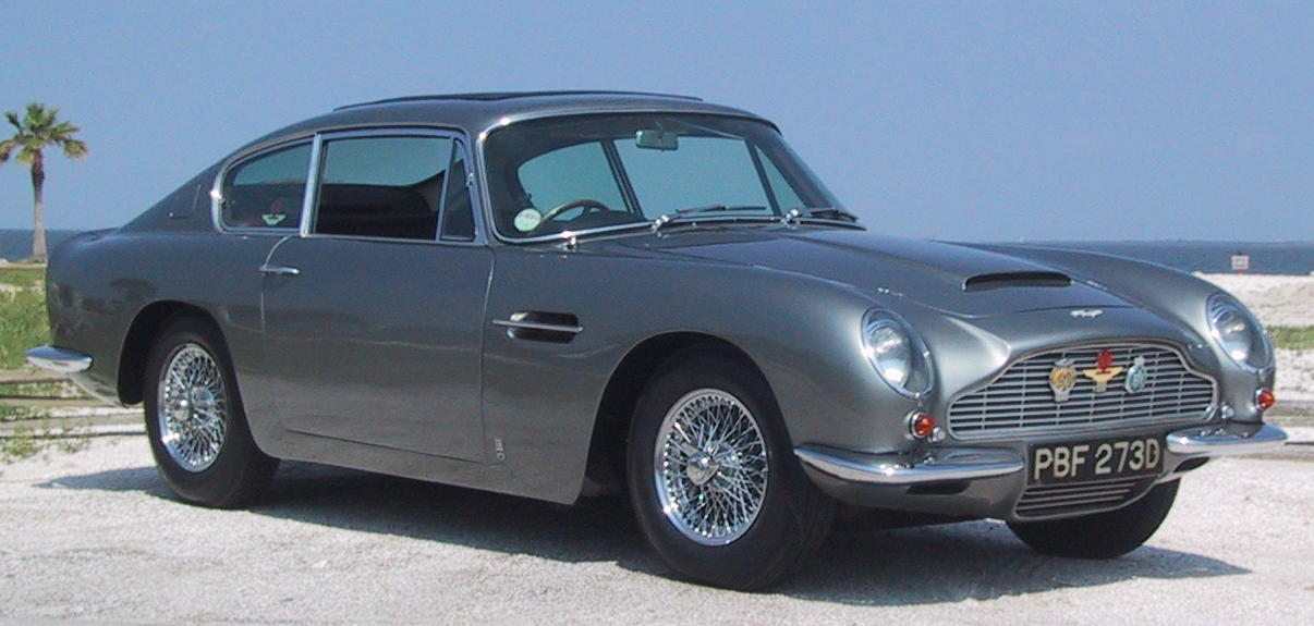 Aston-Martin DB6 photo 05
