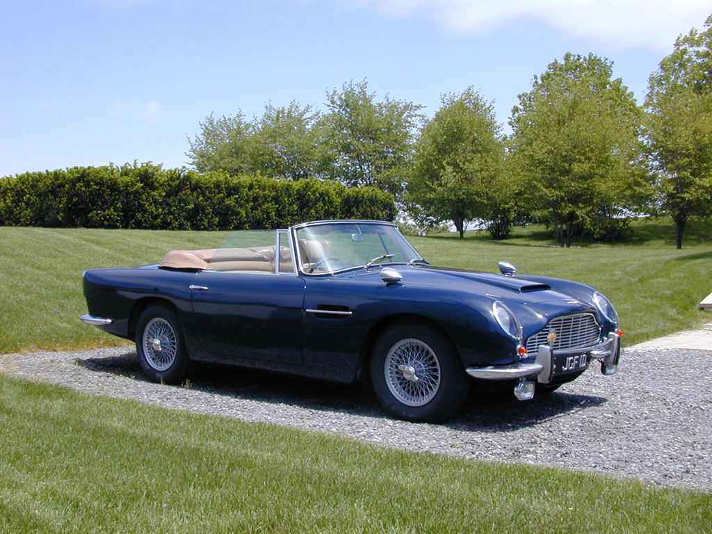 Aston-Martin DB6 photo 06
