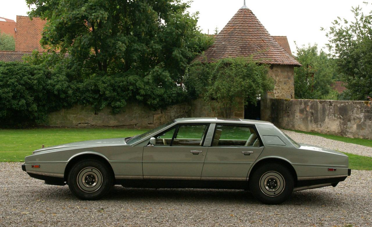 Aston-Martin Lagonda photo 11