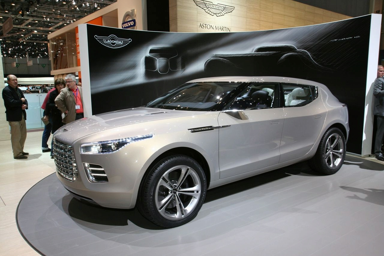 Aston-Martin Lagonda photo 12