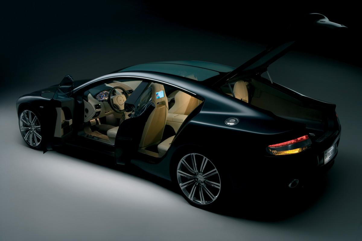 Aston-Martin Rapide photo 19