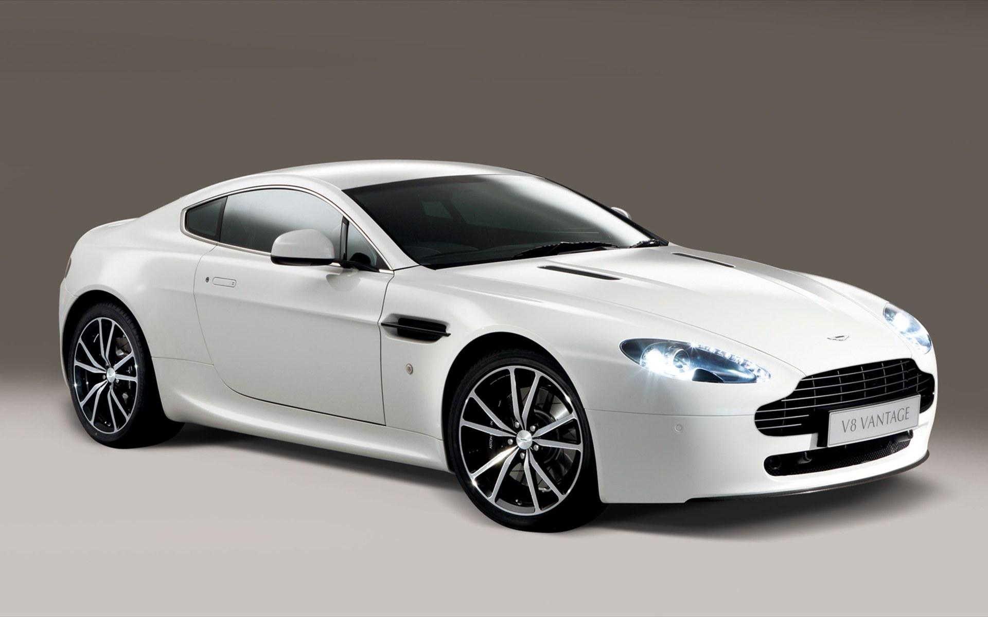 Aston Martin V8 Vantage N420 Photo 01 Photo