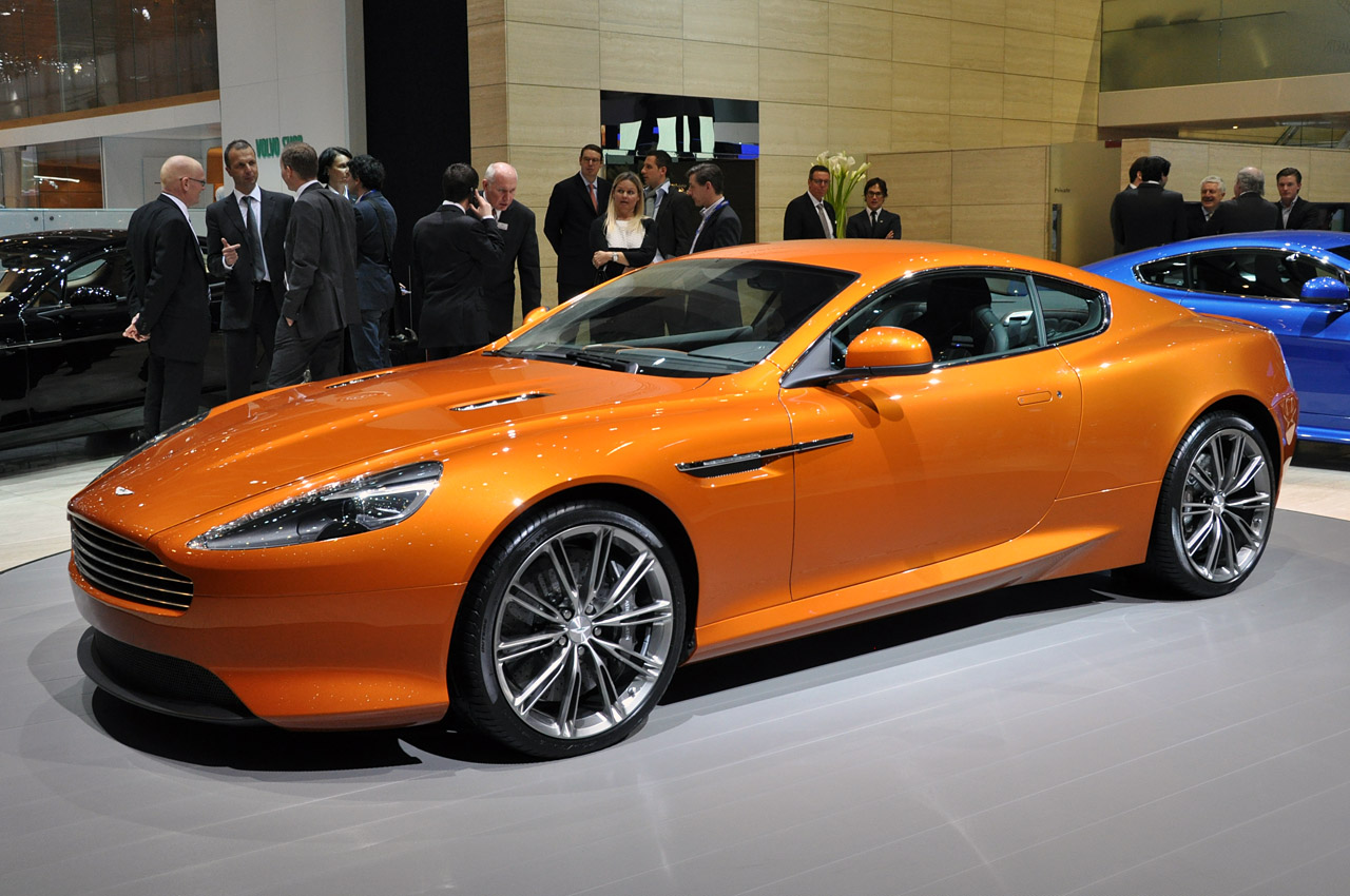 Aston-Martin Virage photo 02
