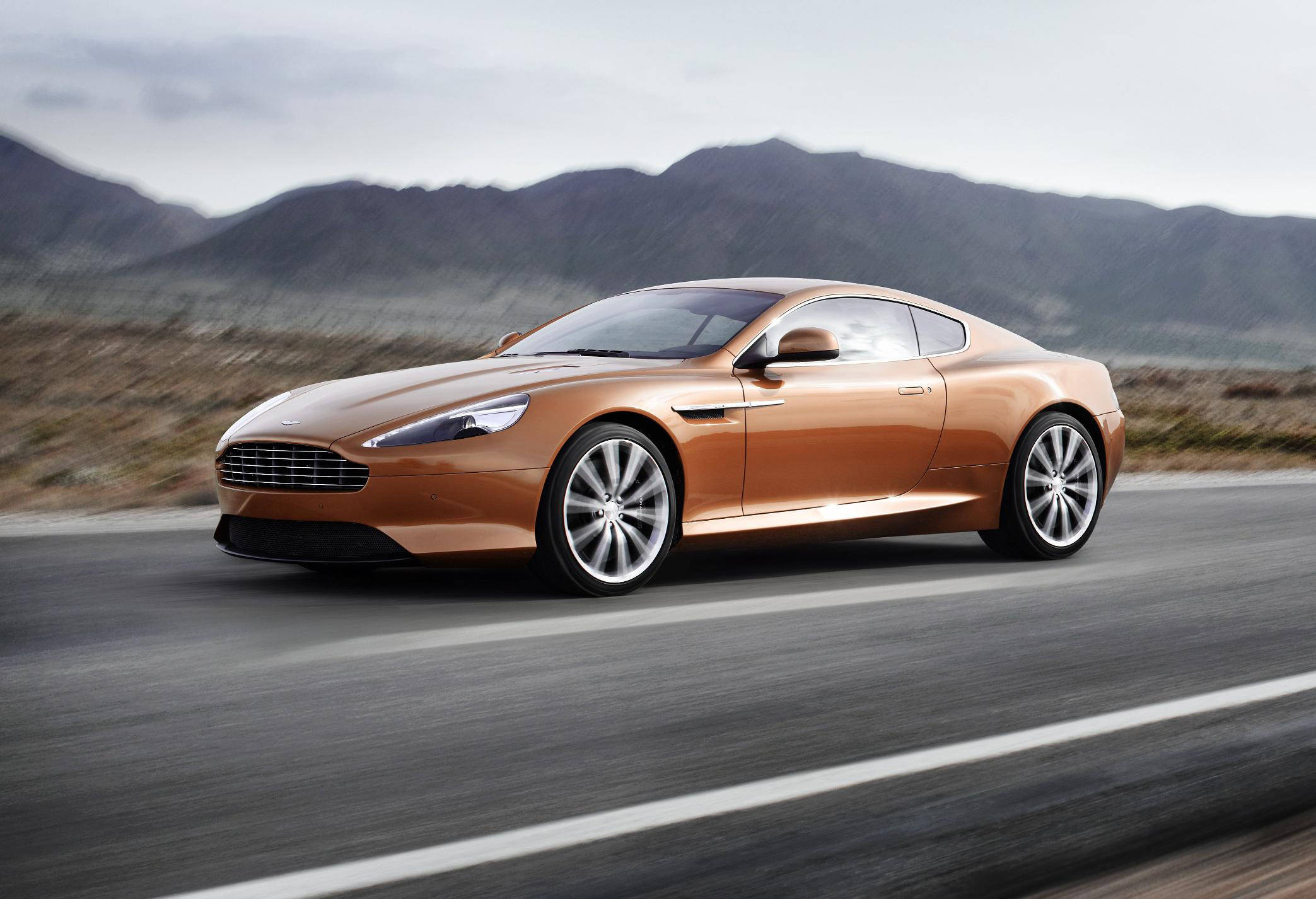 Aston-Martin Virage photo 03