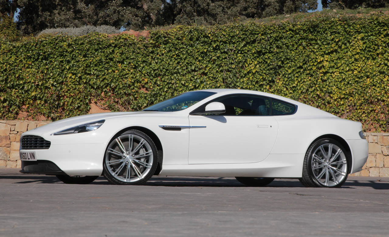 Aston-Martin Virage photo 04