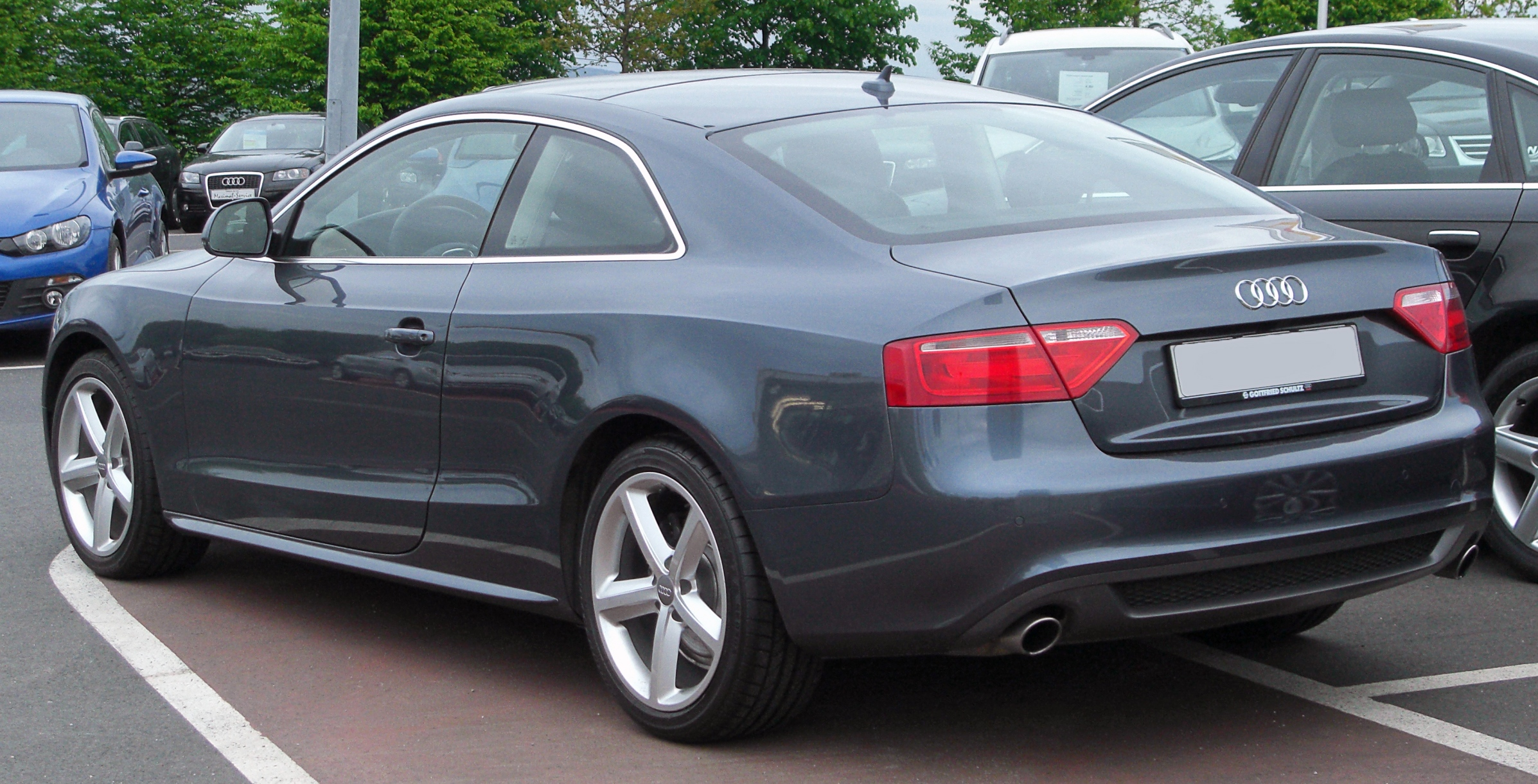 Audi a5 coupe photo 02