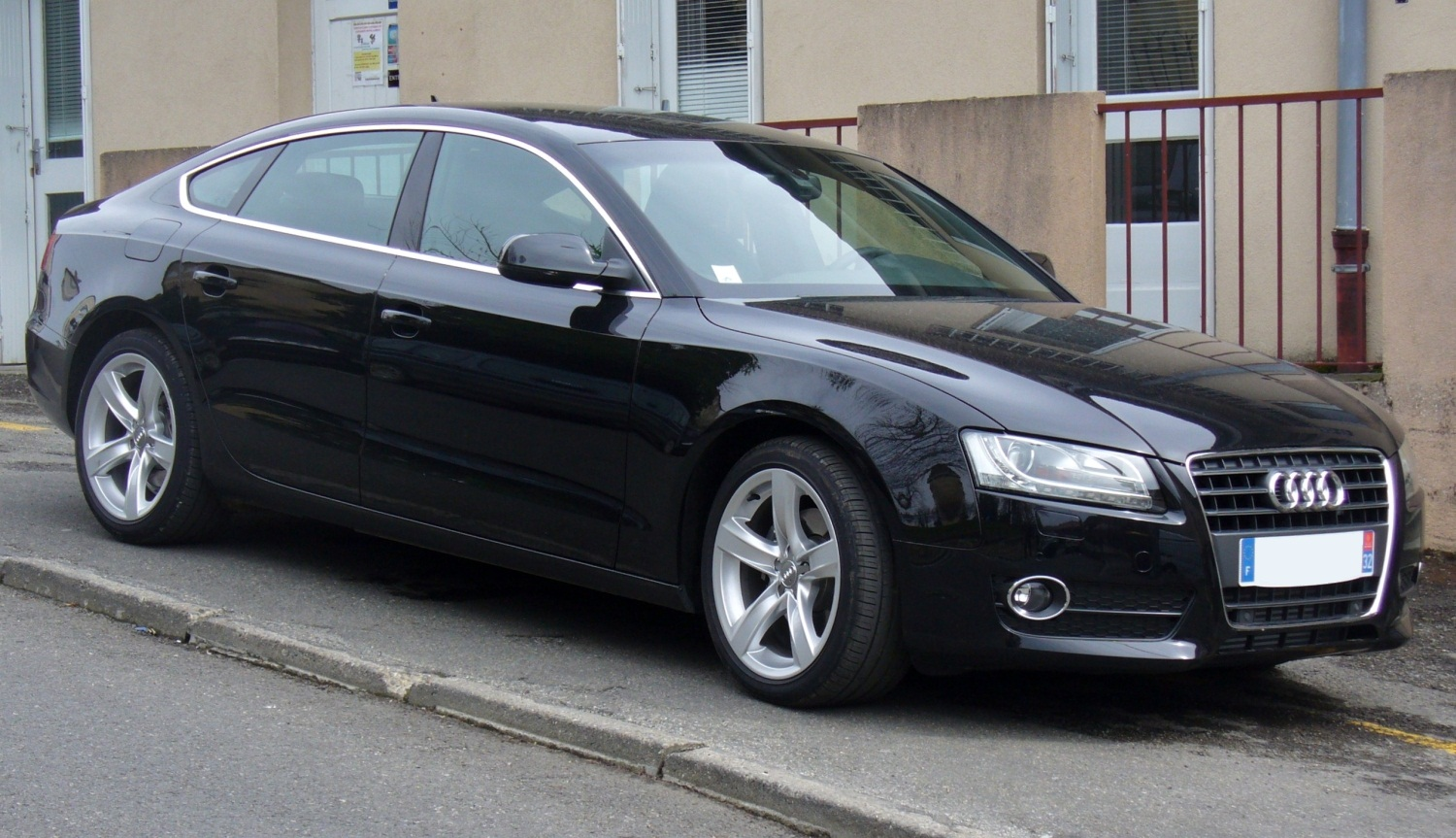 audi a5 sportback 2 0 tdi technical details history. Black Bedroom Furniture Sets. Home Design Ideas