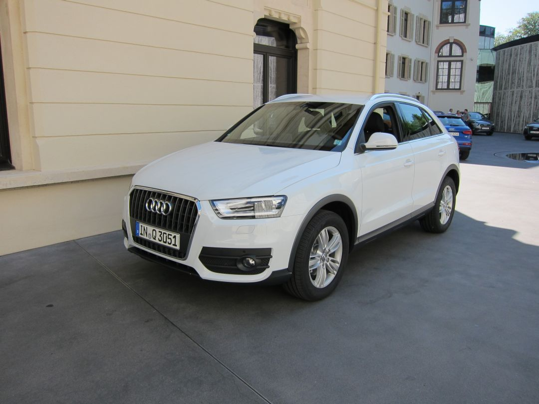 audi q3 2 0 tdi photos 14 on better parts ltd. Black Bedroom Furniture Sets. Home Design Ideas