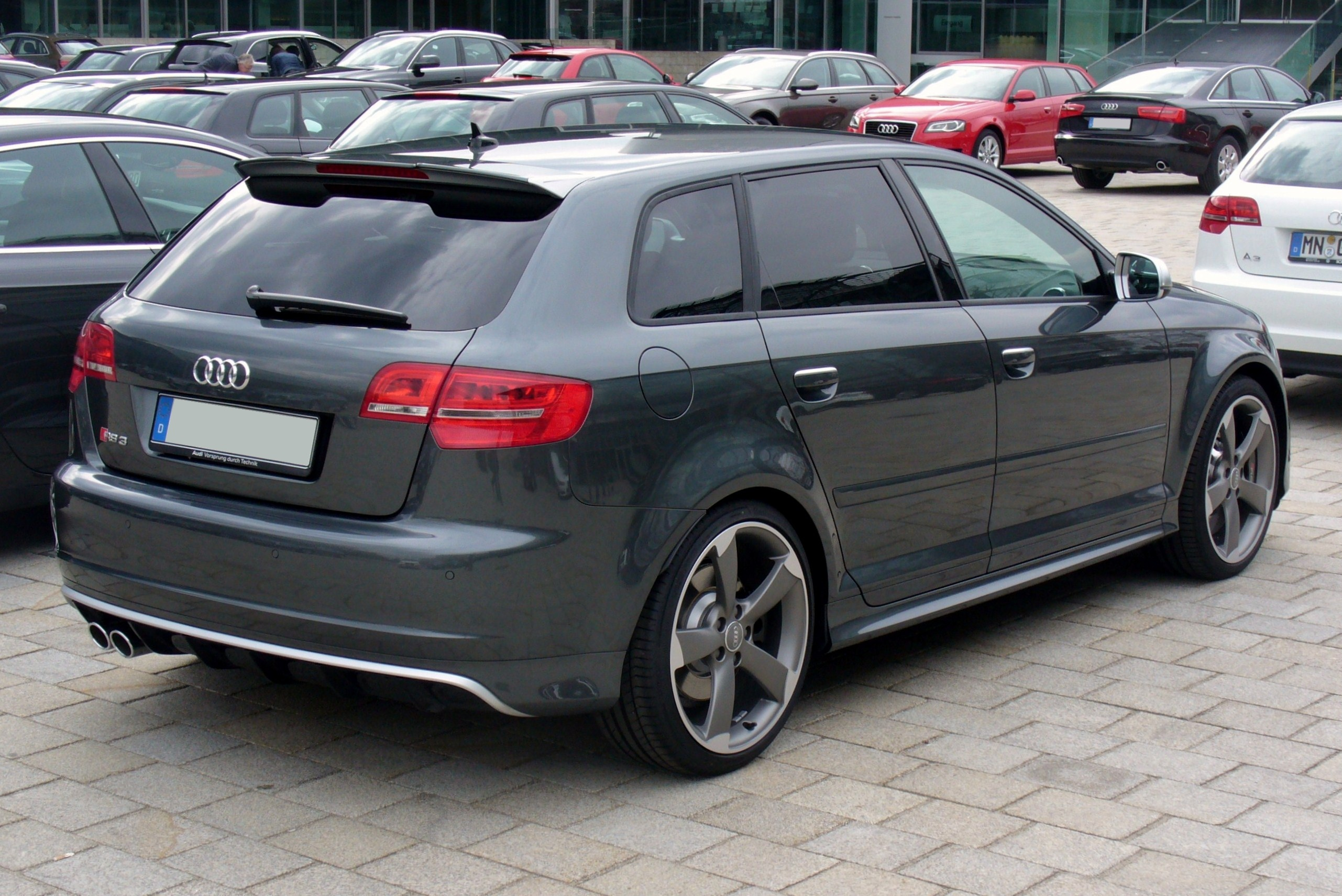 audi rs3 sportback technical details history photos on better parts ltd. Black Bedroom Furniture Sets. Home Design Ideas
