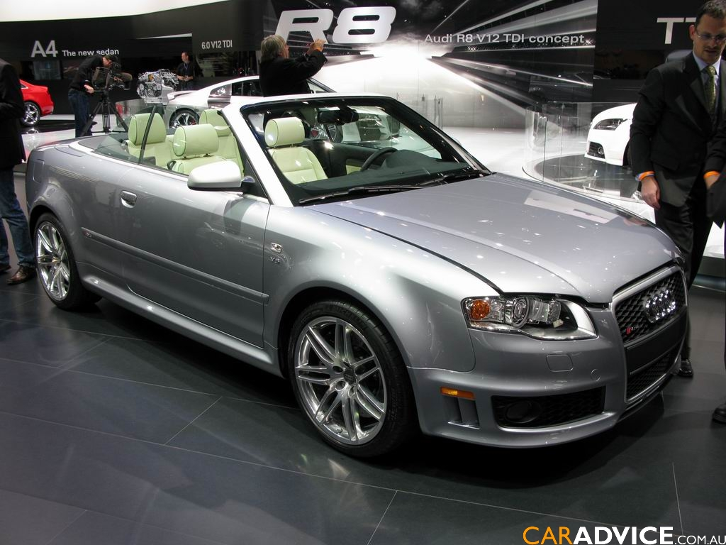Audi RS4 Cabriolet photo 01