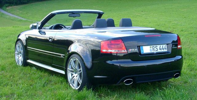 Audi RS4 Cabriolet photo 02