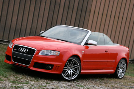 Audi RS4 Cabriolet photo 03