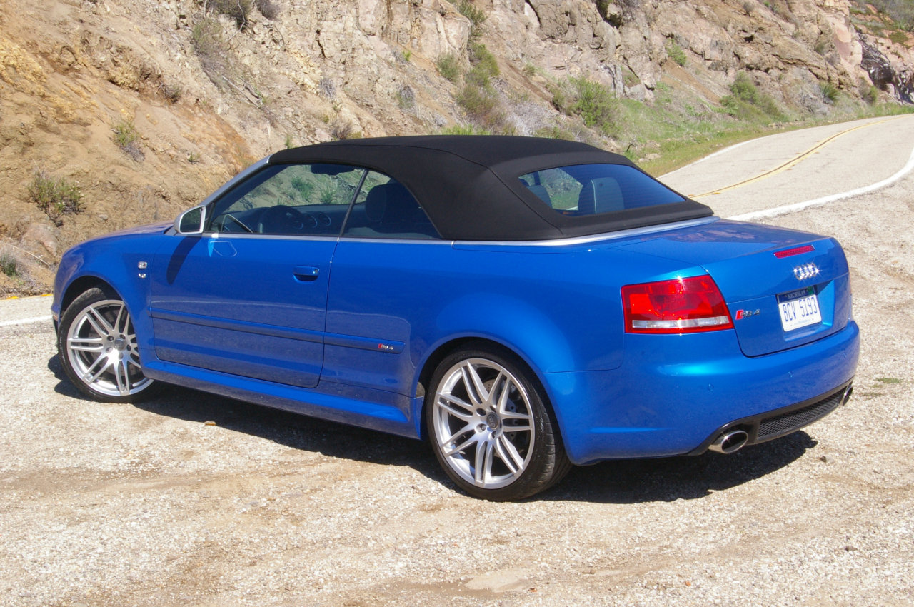 Audi RS4 Cabriolet photo 17