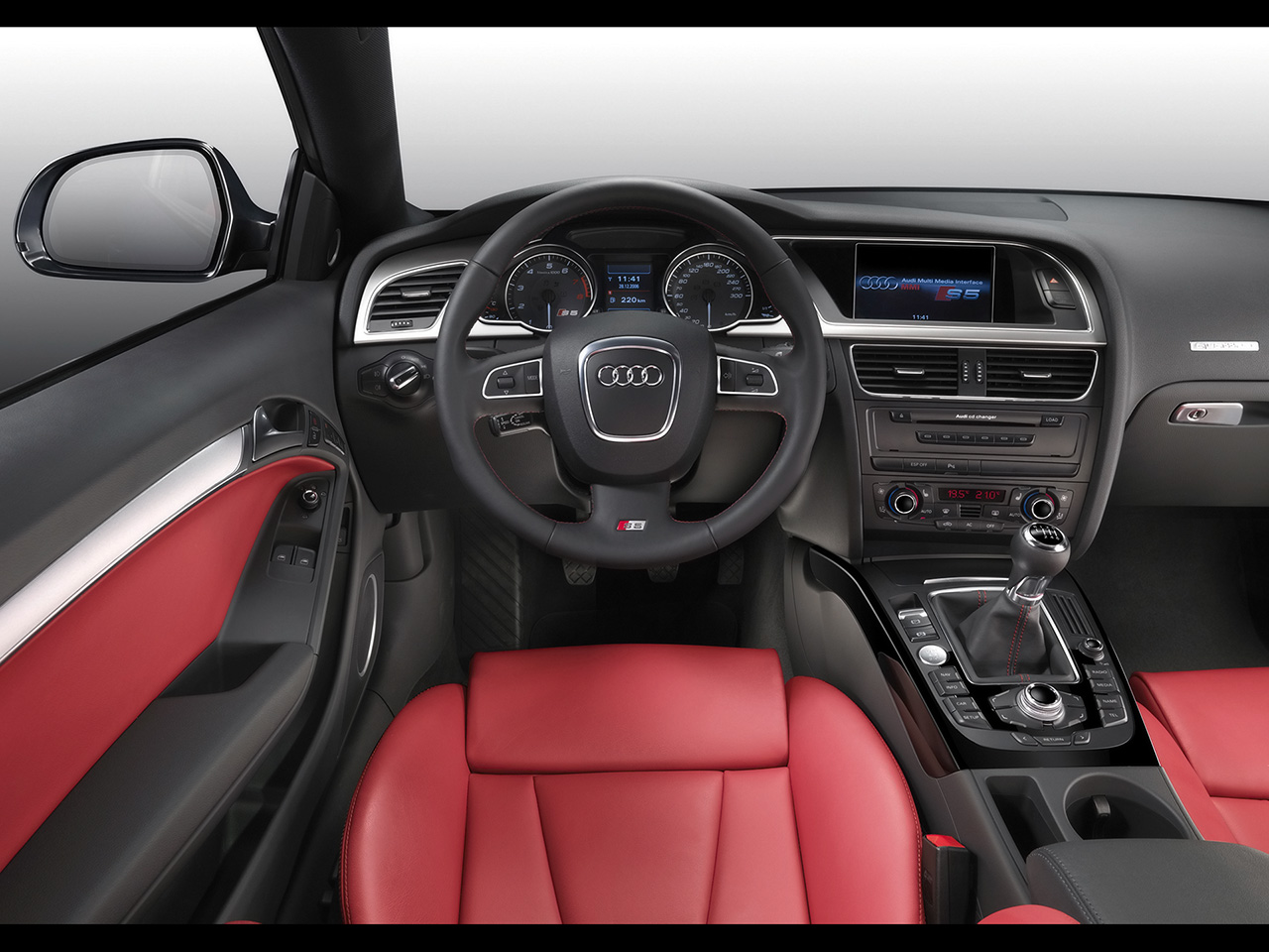 Audi S5 Coupe image #16