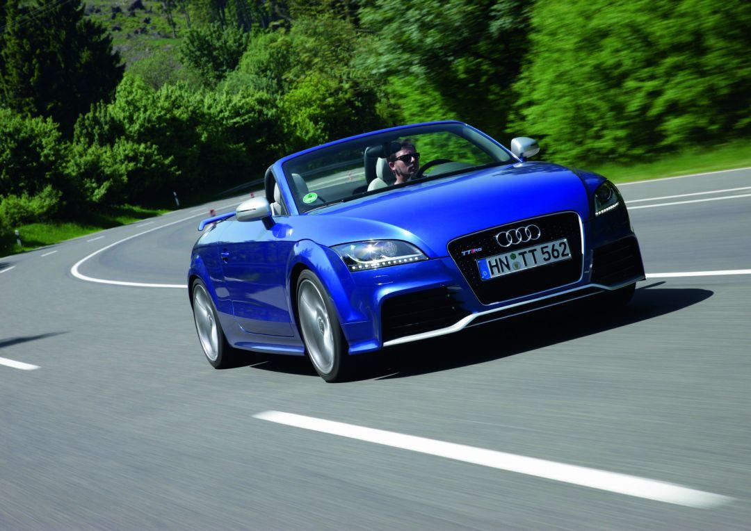 Audi tt rs plus roadster photo 04