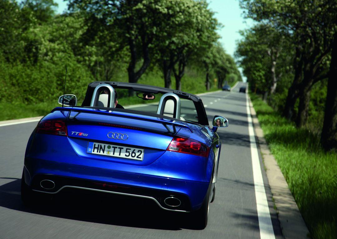 Audi tt rs plus roadster photo 09