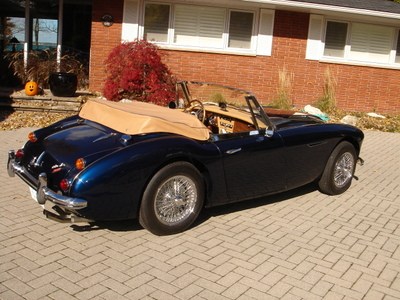 Austin-Healey BJ8 photo 09