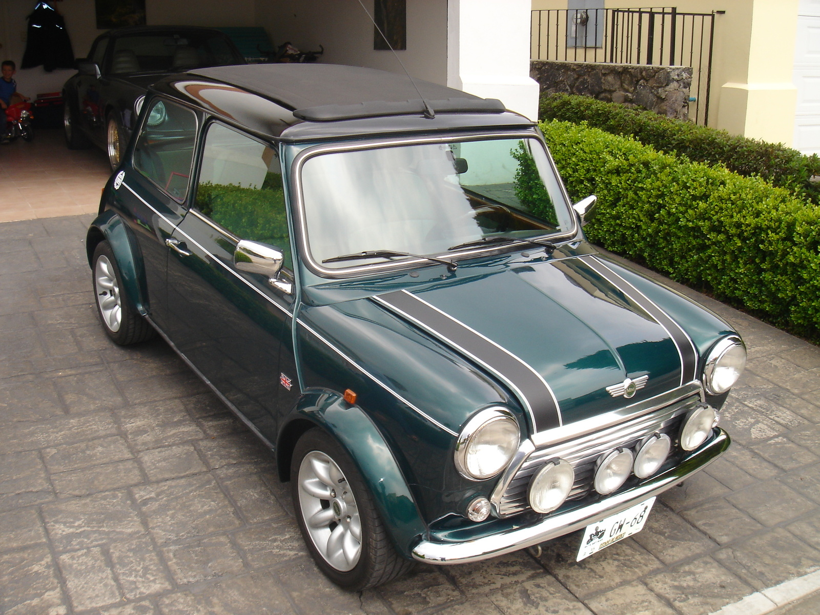 austin rover mini history photos on better parts ltd. Black Bedroom Furniture Sets. Home Design Ideas