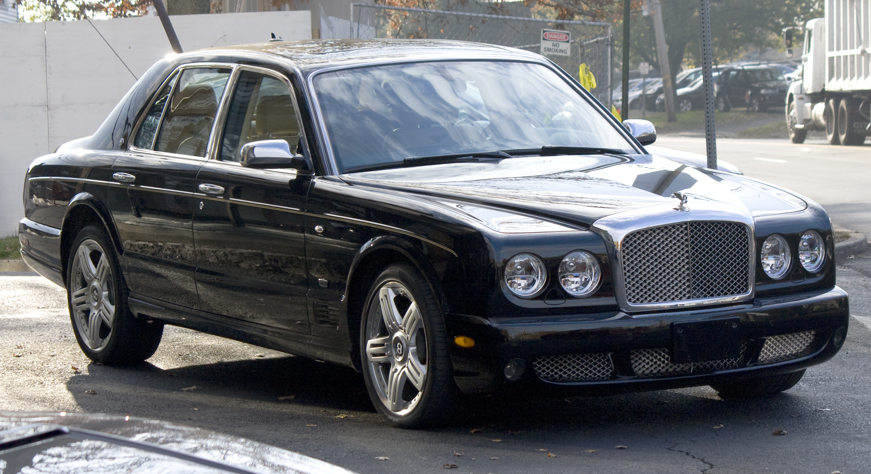 Bentley Arnage photo 08