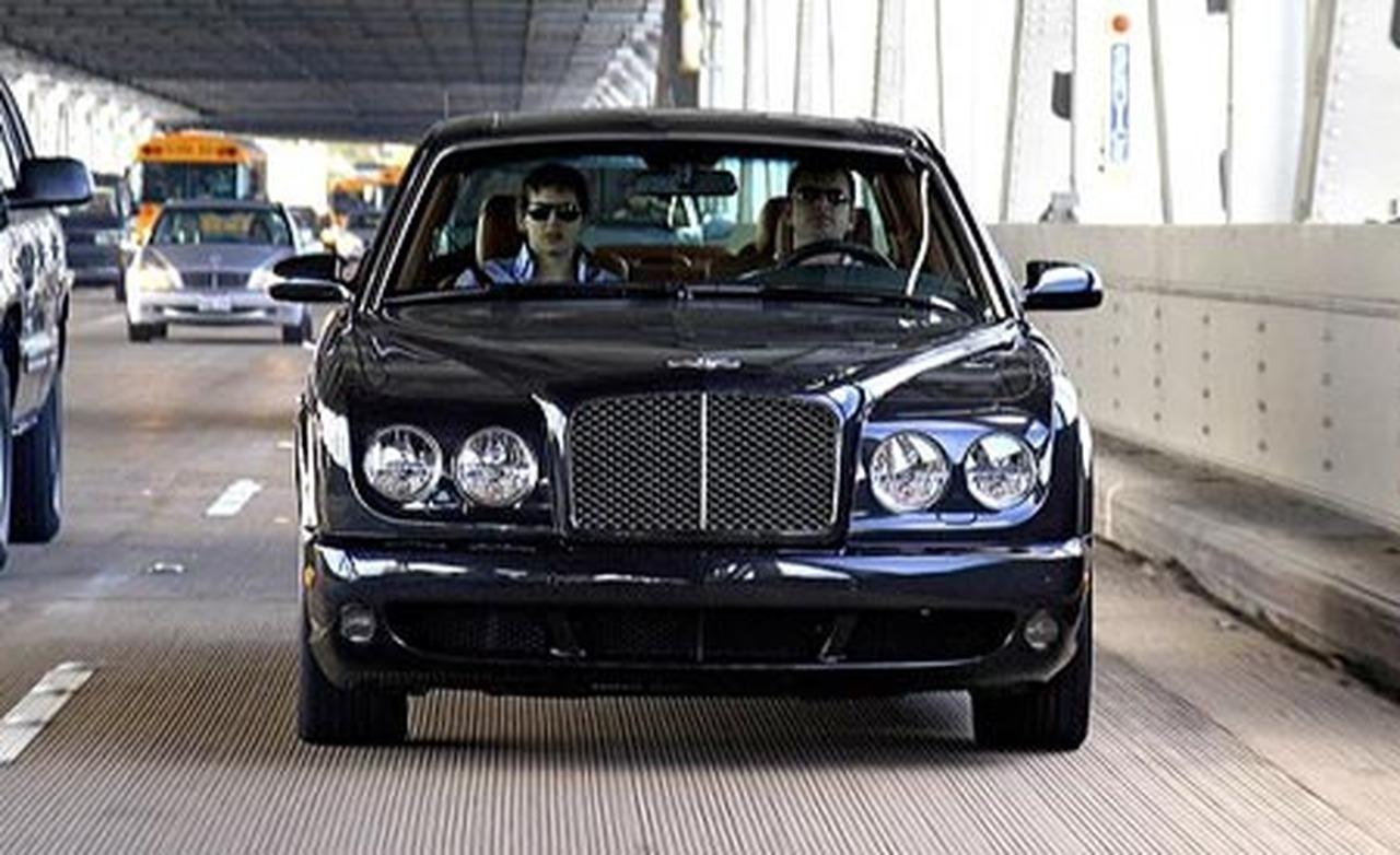 Bentley Arnage photo 14