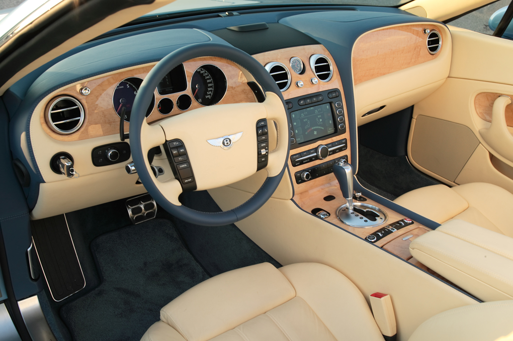 Bentley Continental photo 12