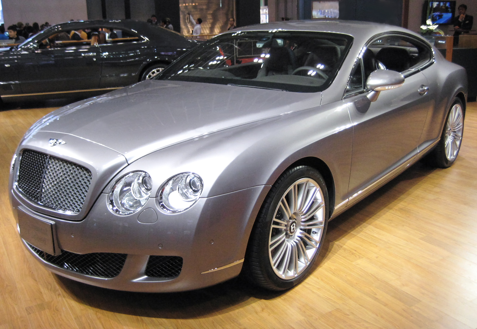 Bentley Continental photo 14