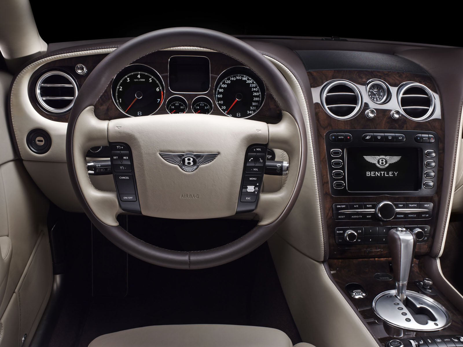 Bentley Continental Flying Spur photo 02