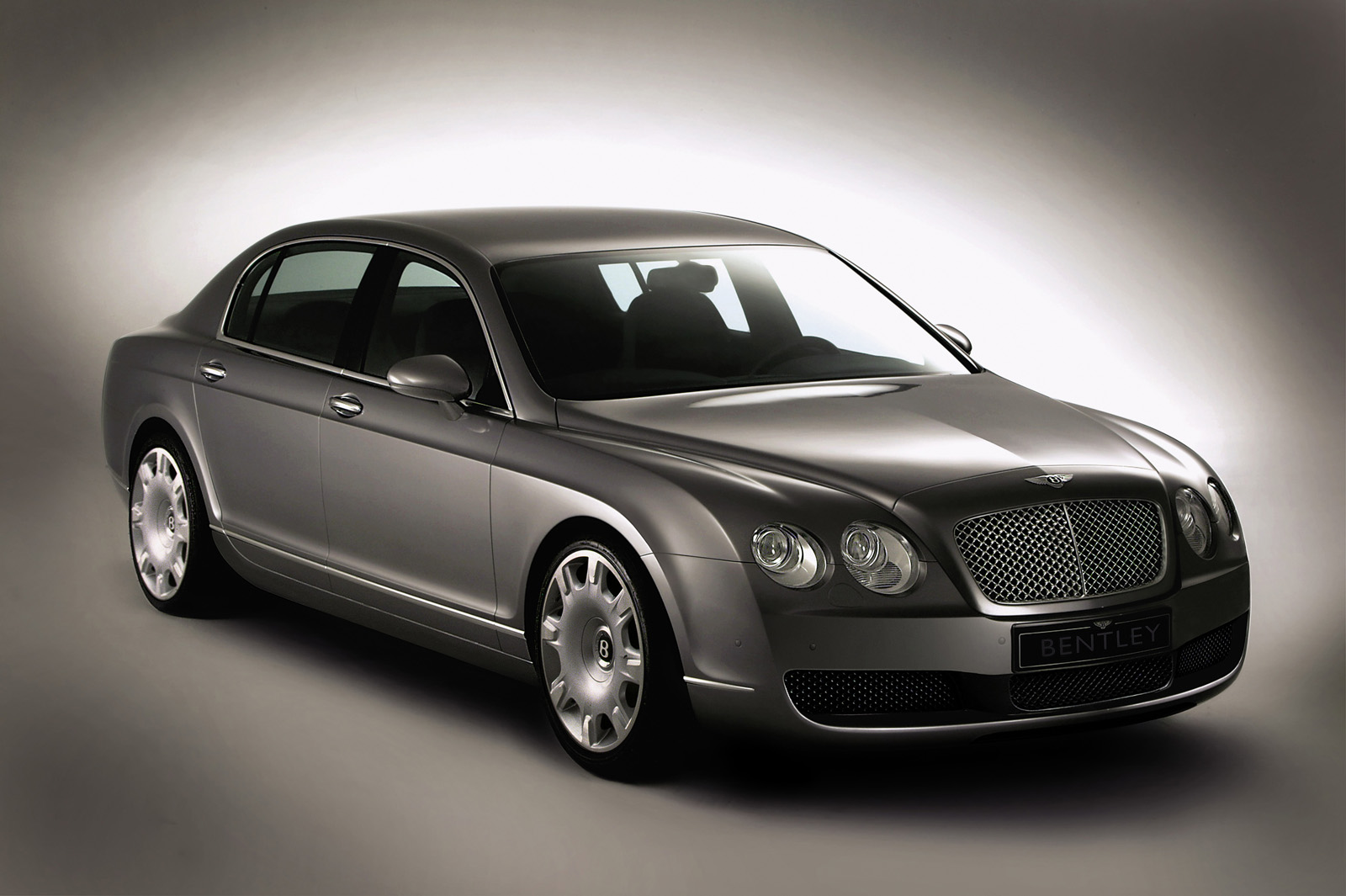 Bentley Continental Flying Spur photo 15