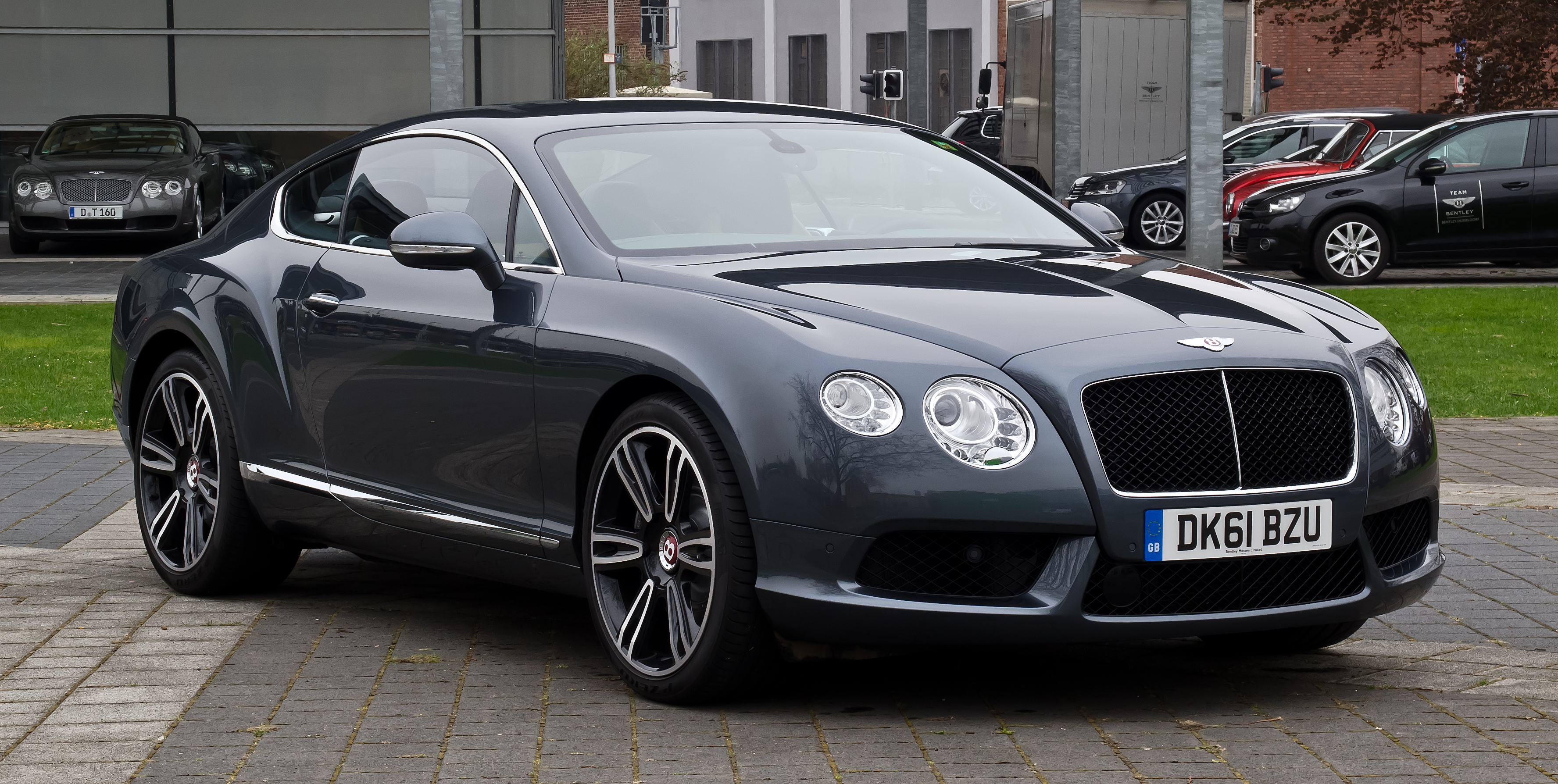 Bentley continental gt technical details history photos on bentley continental gt photo 12 vanachro Choice Image